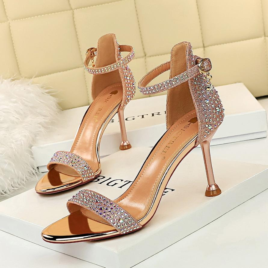 Fashion Design European And American Style Sexy Banquet Summer High Heels Womens Shoes Stiletto High Heel Open Toe Crystal Word Sandals Kids Sneaker Sale Kids Boys Shoes From Comfortable123 80 83 Dhgate Com
