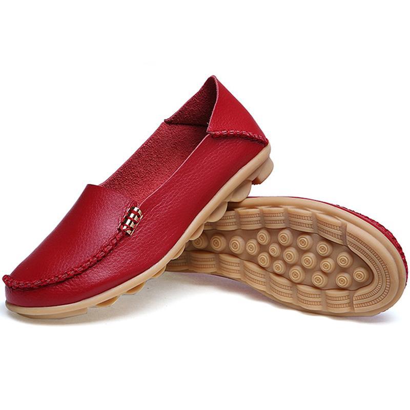 2020 donne degli appartamenti del cuoio genuino delle donne scarpe scarpe basse mocassino signore casuali dello slip sui fannulloni Mucca Scarpe di guida della barca calzature