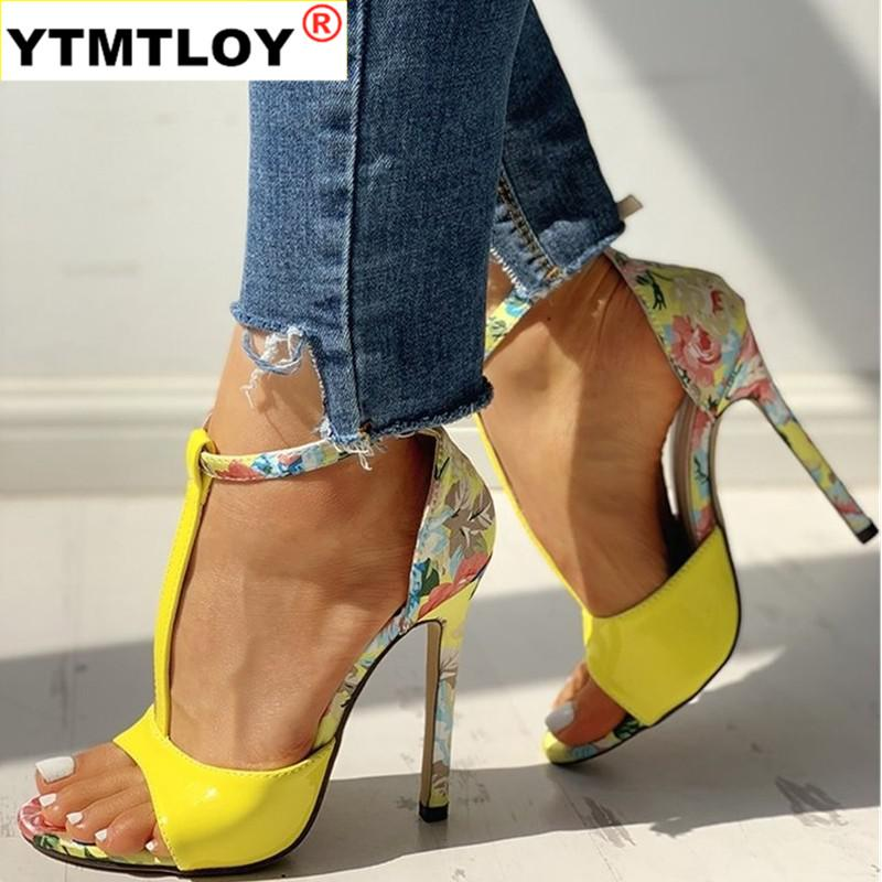 Sexy Women T-ремешок Цветочные печати Сандалии Летняя мода супер высоких каблуках открытым носком Гладиатор обувь женщина партии Насосы вышивать
