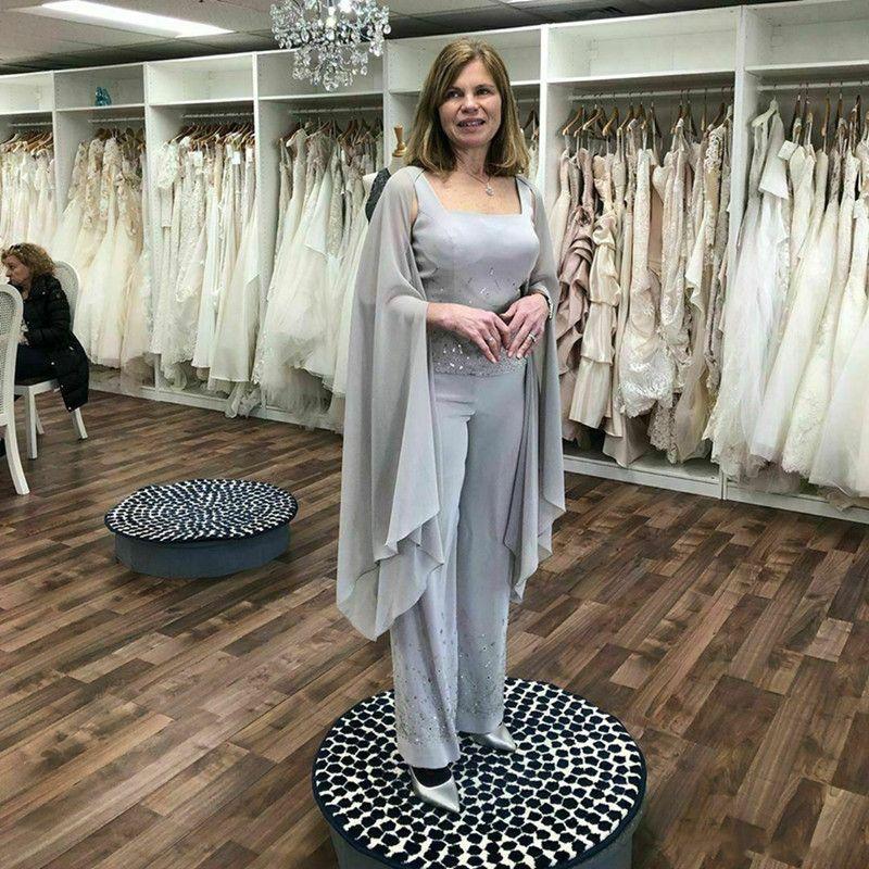 Серый шифон мать невесты брючный костюм с длиной Cape блестки бисером Свадебное платье гость пола вечера Pant Suit