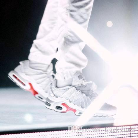 Nuevo Drake Plus TN Run Utility Hombre Zapatillas deportivas para hombre Zapatillas de deporte Champagnepapi Amarillo Blanco Negro Correr Diseñador Trainer Shoes