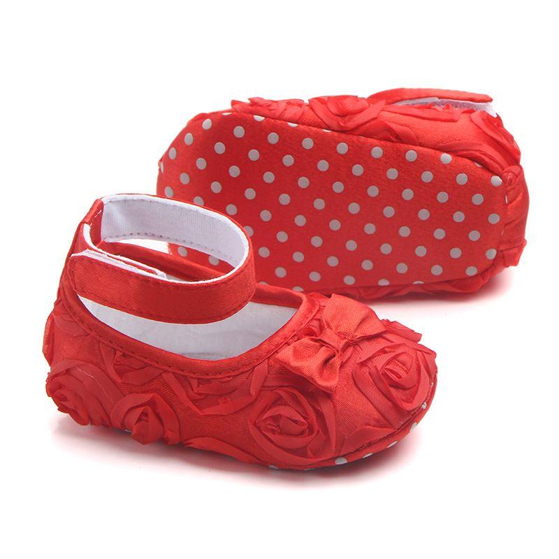 Nouveau-né doux doux bébé chaussures pour enfants de soirée de mariage Chaussures enfants Princesse First Walker bébé fille Chaussures