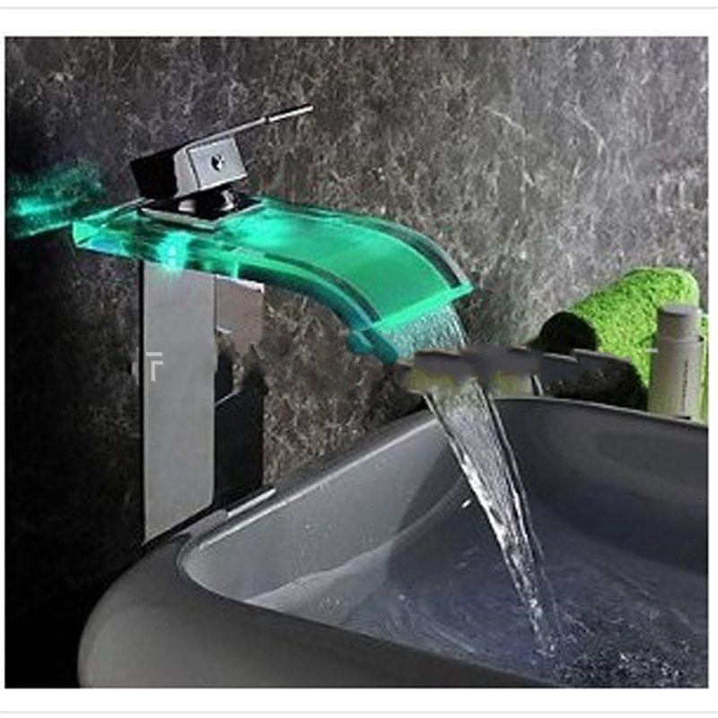 Kare Yüksek Şelale Su Dokunun Mavi Platformu Banyo LED Lavabo Bataryası Havzası Yok Pil Tek Kolu Cam Borulu 155my bb