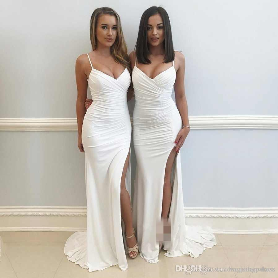 Cheap Stylish White Sleeveless Bridesmaid Dresses V-Neck Long Mermaid Wedding Guest Dresses Sweep Train Split Party GownsVestidos De Novia