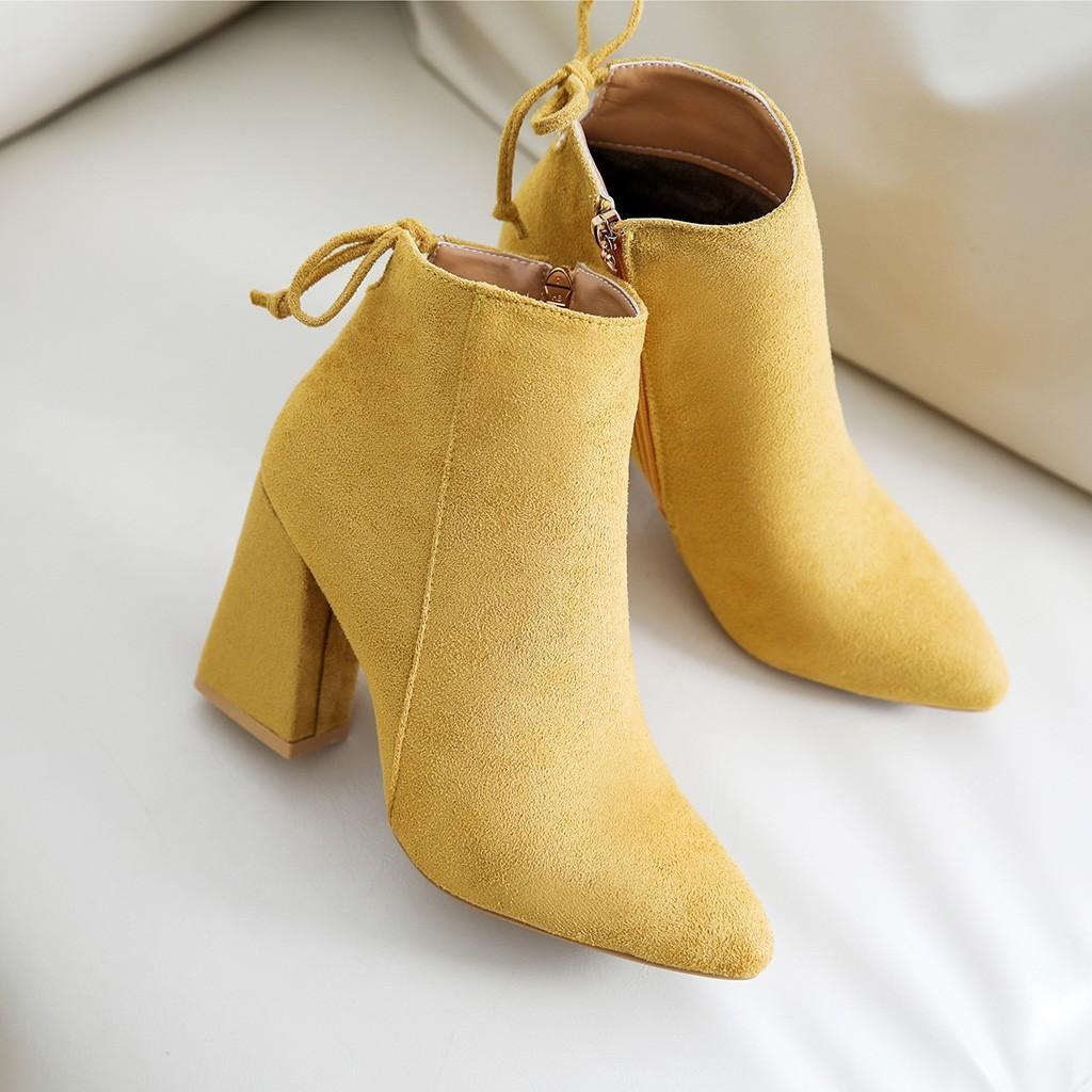 2019 Kadın Bilek Boots Kadınlar Sonbahar Kış Boots Bayanlar Yüksek topuk ayakkabı Katı Bilek Fermuar Sivri Burun Casual Shoes # 816 LY191224 Isınma