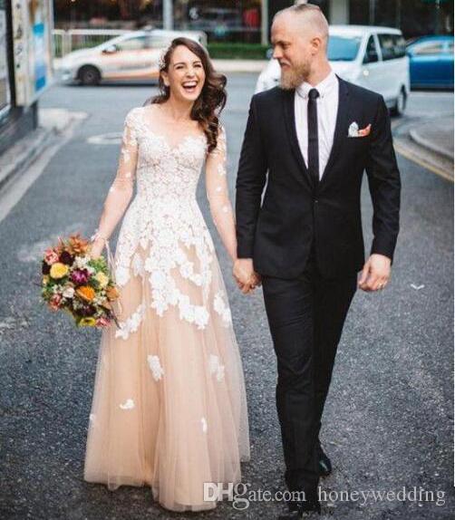 Robes De Mariée Pays Bohème 2019 Champagne Drapé Tulle À Manches Longues Dentelle Appliques Boho Beach Plus La Taille Robes De Mariée Pas Cher
