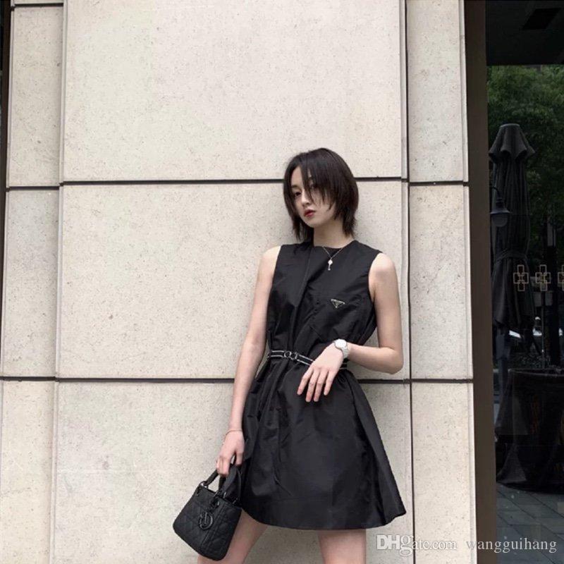 2020 explosions européenne rétro américaine femmes robe casual classique robes triangle ceinture avancée OEM étrenne les sketches de l'été en nylon