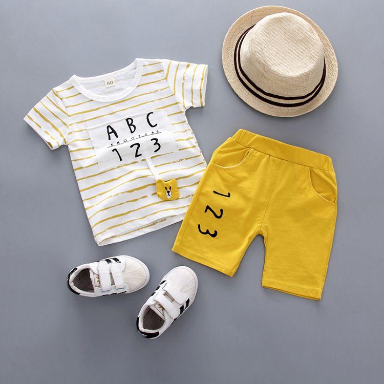 Baby Boy Set di 2 Estate Sweatsuit manica corta Tee e Short pantaloni insiemi dei bambini