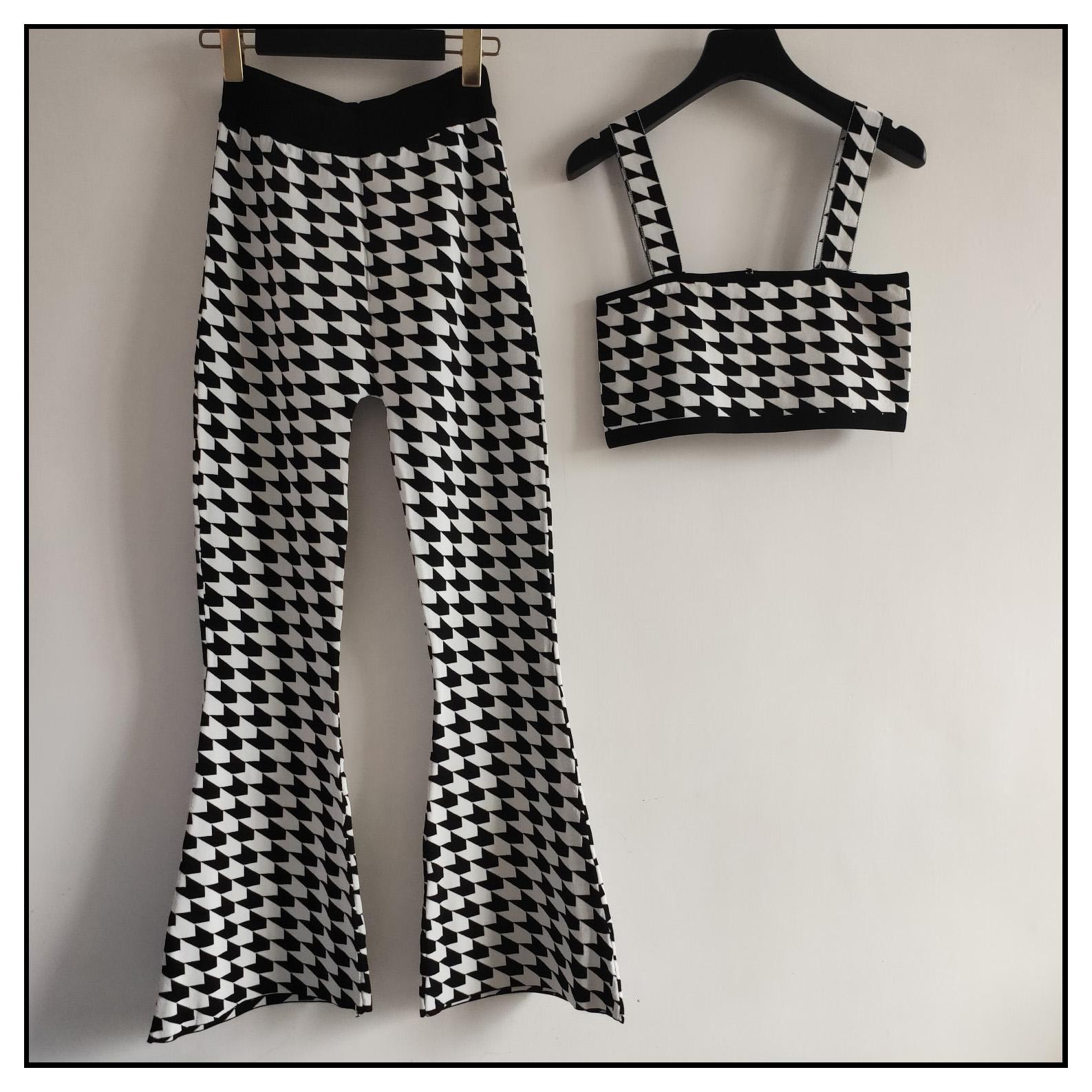 Conjuntos para mujer Trajes de diseñador de la marca de dos piezas de moda de la liga de la tapa + pantalones de cintura alta de 2020 de la tela escocesa de lujo atractivas calientes de los juegos ocasionales