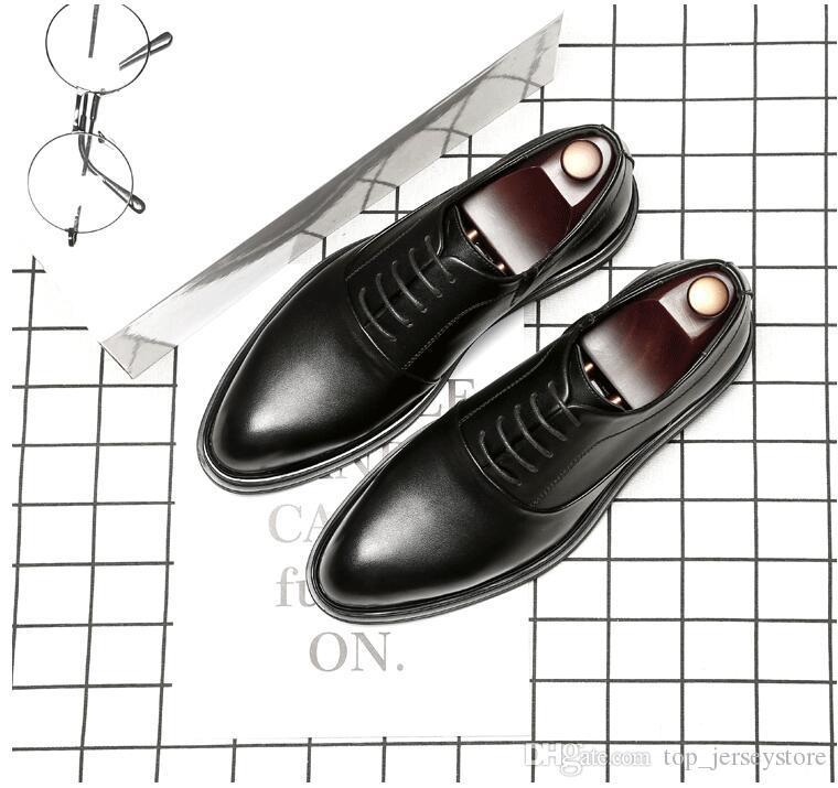 2019 Casual Couro Homens Mocassim Mens sapatos pretos Suede Chinelos de vestido belga Shoes com apartamentos Femininos Bowtie