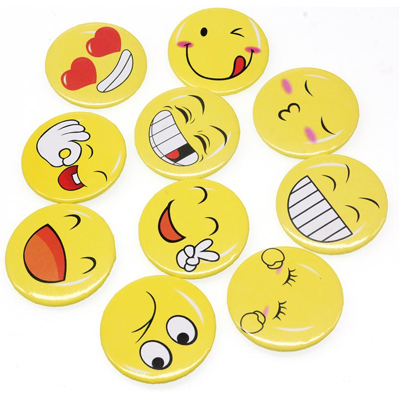 10 шт./лот бесплатная доставка 10style 50 мм дешевые kid симпатичные улыбающееся лицо декоративные брошь pin для партии/подарок
