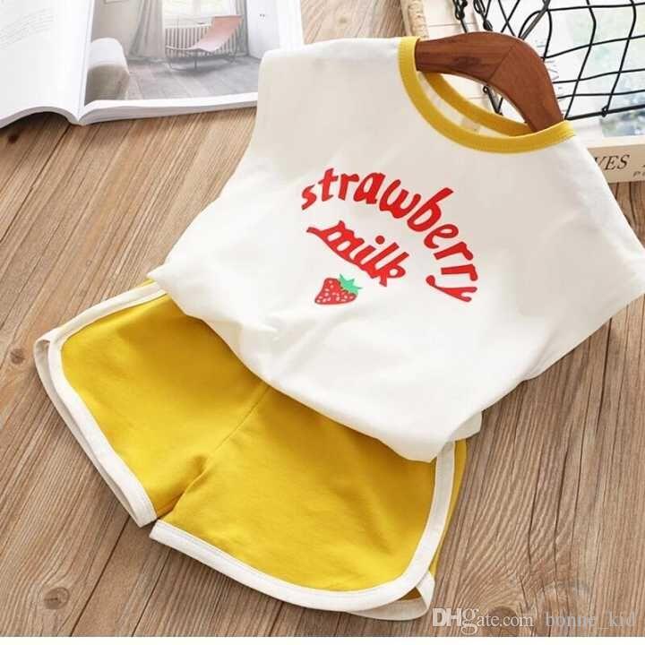 enfant lait fraise blanche t-shirts 2pcs court pantalon mis en tenues les enfants enfants outfit occasionnels vêtements d'été 1-6Y