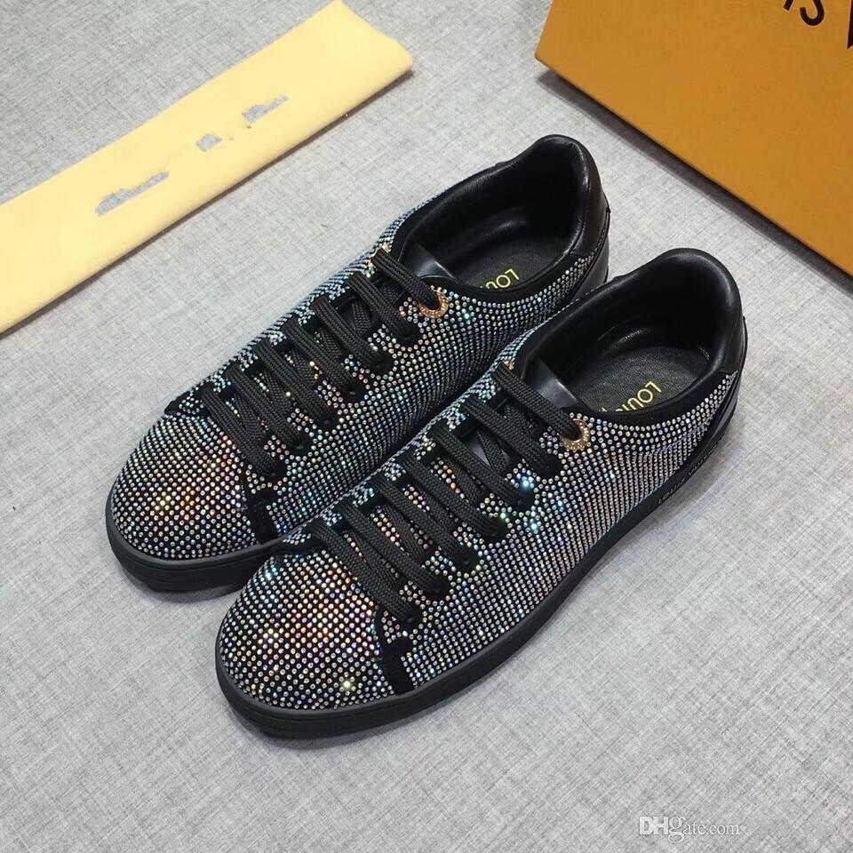 2020 Nueva moda de alta calidad l altos hombres hechos a mano de ocio zapatos deportivos Negro y marrón tamaño 38 ~ 44 14-207