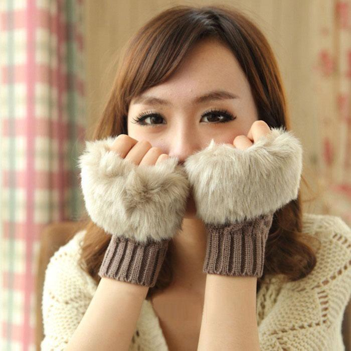 New Fashion Winter Arm Warmer Fingerless Glove Faux Fur Trim Gloves Mitten Soft Faux Fur Gloves Women for keyboard