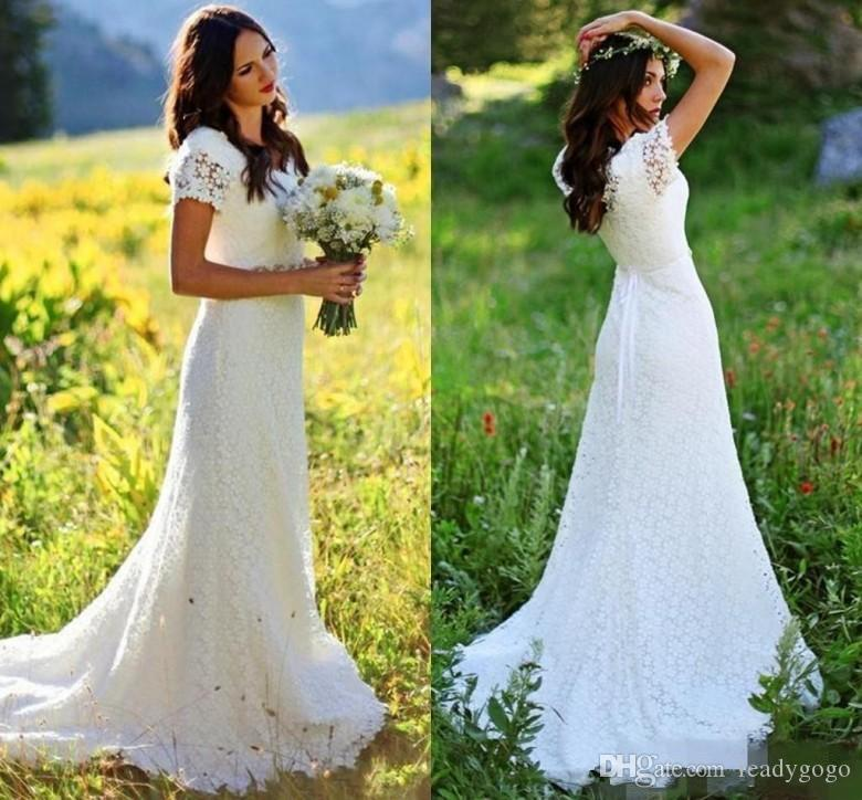 Vintate Crochet Lace Wedding Dresses with Crystal Belt 2019 Jewel Neck Short Sleeve Sweep Train Country Bohemian Bridal Gowns for Wedding