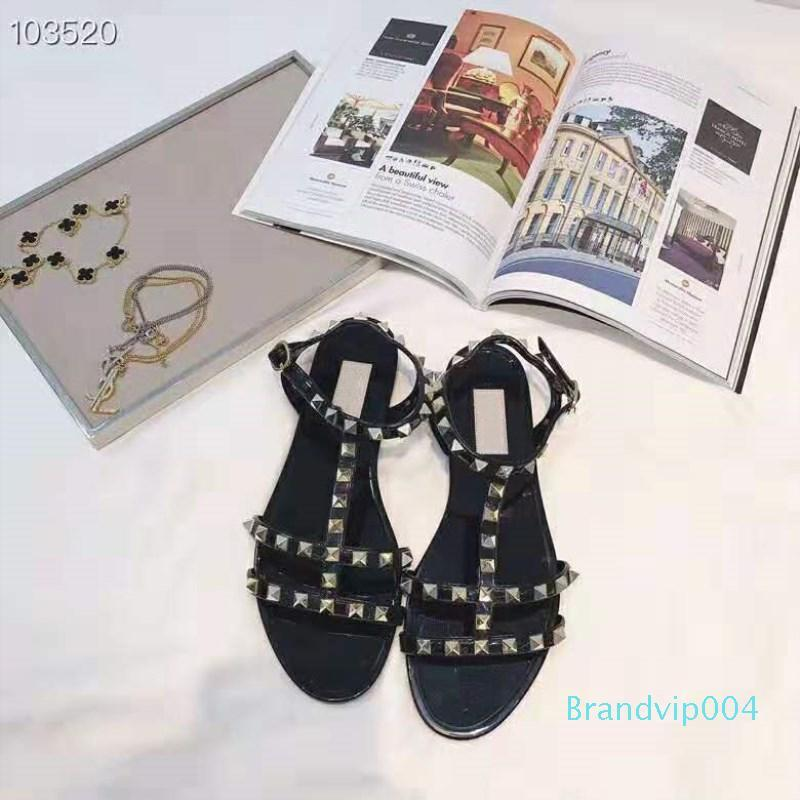 chaussures de luxe articles en cuir éléments importés rivets tissu décoration zz20 sexy sandales plates femmes glamour chaussures de plage