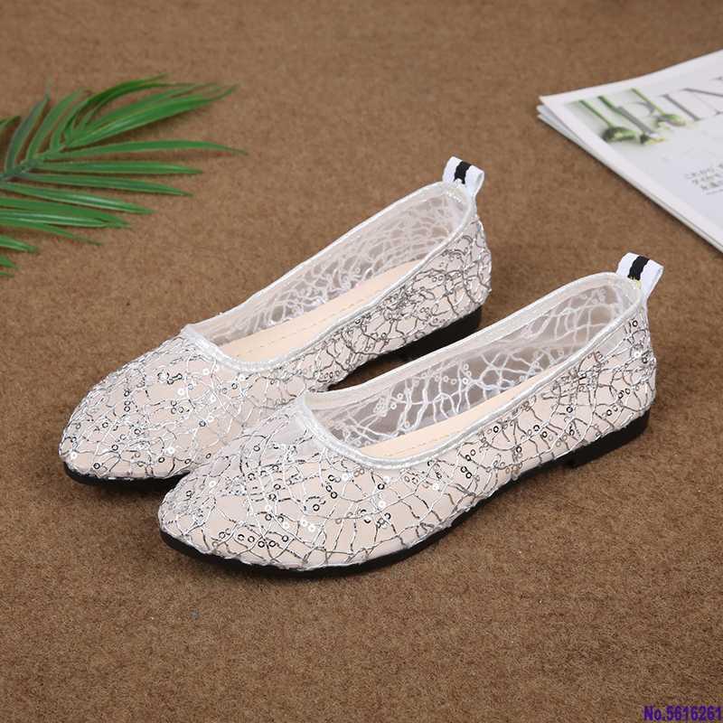 Pisos de lentejuelas mujeres atan los zapatos de punta estrecha de deslizamiento en los zapatos de la respiración del partido de tarde de novia de novia de encaje para mujer plana de las señoras de punta estrecha