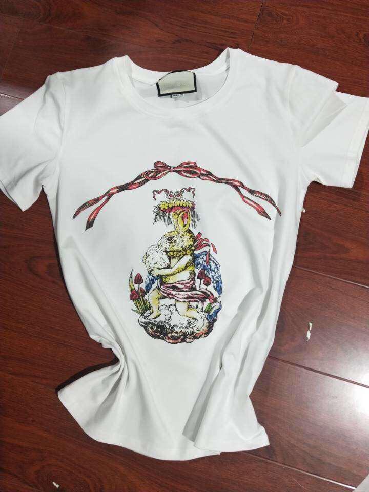 Verano nuevo diseño de marca de alta calidad de la letra impresa conejo Pista arco divertido Camisetas de mujeres para la tapa de la manga Short Mujer Tees