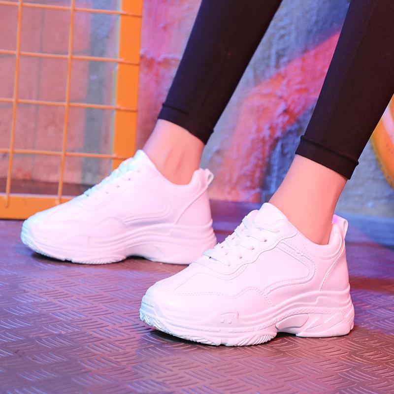 2019 ربيع بو حذاء حذاء رياضة للأحذية نسائية أحذية تنفس نسائية عادية الصلبة الرباط اللون تصل المرأة أحذية بدون كعب 35-40
