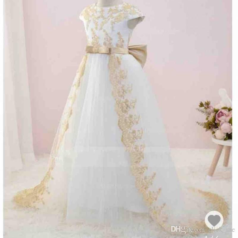 Ivory Flower Girls Dresses For Wedding Jewel Cap Sleeves Sash Bow First Communion Dress Gold Lace Appliques Girls Pageant Gowns