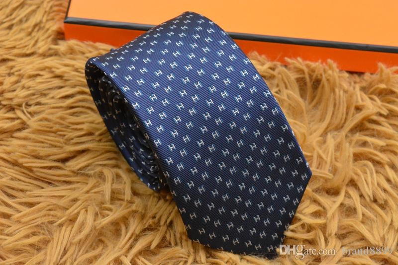 2019 yüksek kaliteli% 100 ipek kravat marka hediye kutusu klasik baskı lüks erkekler rahat dar kravat 7cm 18 stil H907