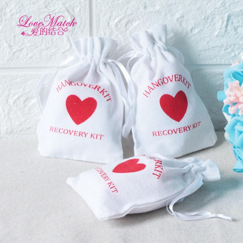 50pcs Hangover Kit Wedding Souvenirs Holder Bag 9x14cm Heart Cotton Gift First Aid Gift Bag Party Favors For a Holiday Hand Made CY200523