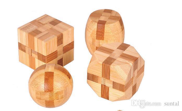 Wholesale-2019 New Excellent Design IQ Brain Teaser 3D Wooden Interlocking Burr Puzzles Game Toy For Adults Kids wholesale