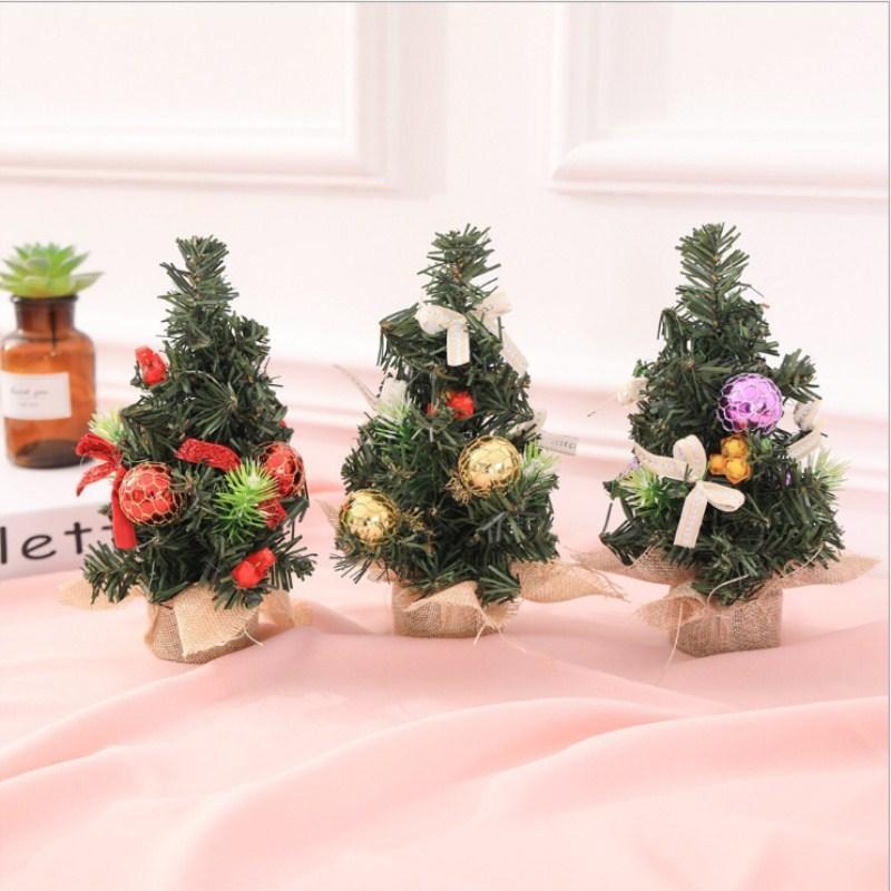 Decoración del árbol de navidad Casa mini árboles de navidad artificiales Decoraciones de Navidad 20 CM Para el hogar regalo