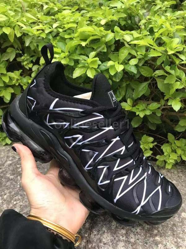 Luxo Mulheres Mens Sneaker Running Shoes novo designer Ginásio Vermelho Preto Branco Cinza Azul Roxo Amarelo Outdoor Sports Shoes 36-45