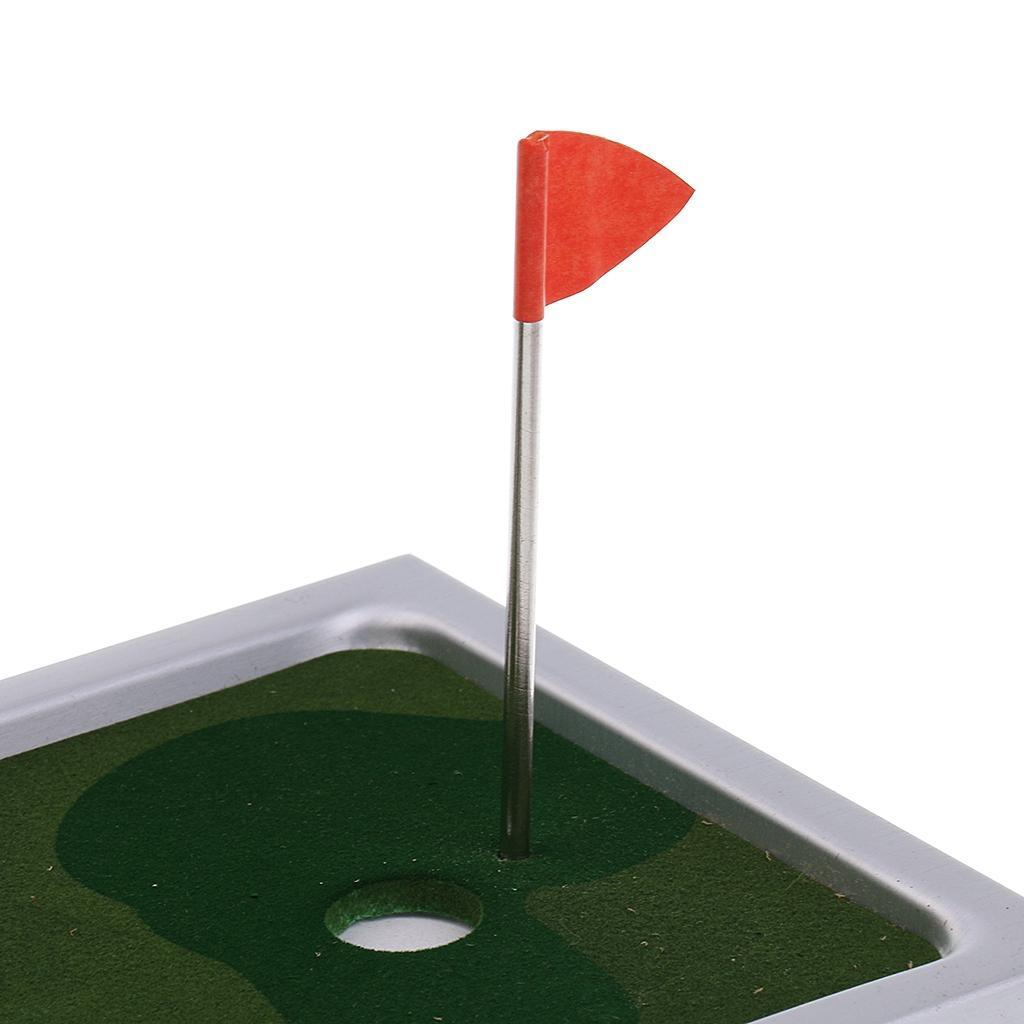 Komik Çocuk Aile Pub Kulübü Oyun Sarf Malzemesi atıcı Topu Bayrak Seti Oyuncak Hediye Danışma Golf Oyunu Mini Yenilik Masa üstü Golf Oyunu