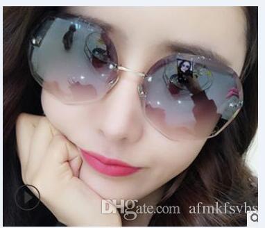 9016 новых поляризованных солнцезащитных очков линзы для мужчин и женщин Спорт солнцезащитные очки с футляром и коробкой
