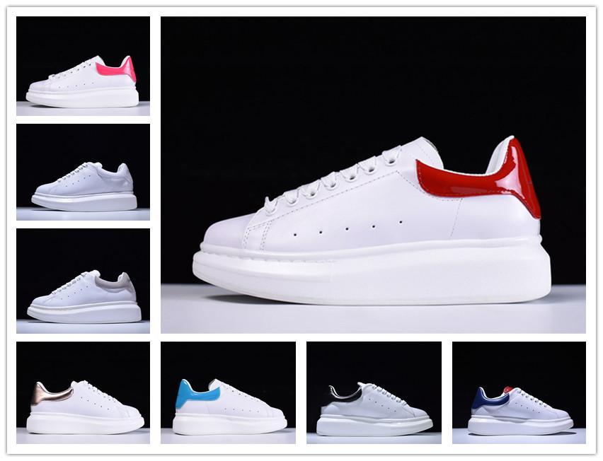 2020 패션 디자이너 남성 여성 운동화 싼 최고의 최고 품질의 패션 흰색 가죽 머핀 신발 평면 야외 일상 드레스 파티 신발