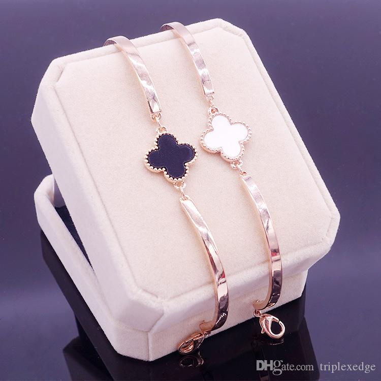 Charming Red clover Bracelets & Bangles For Women Girls Gold Color Metal Bracelets Hot Sale Statement Jewelry Wholesale