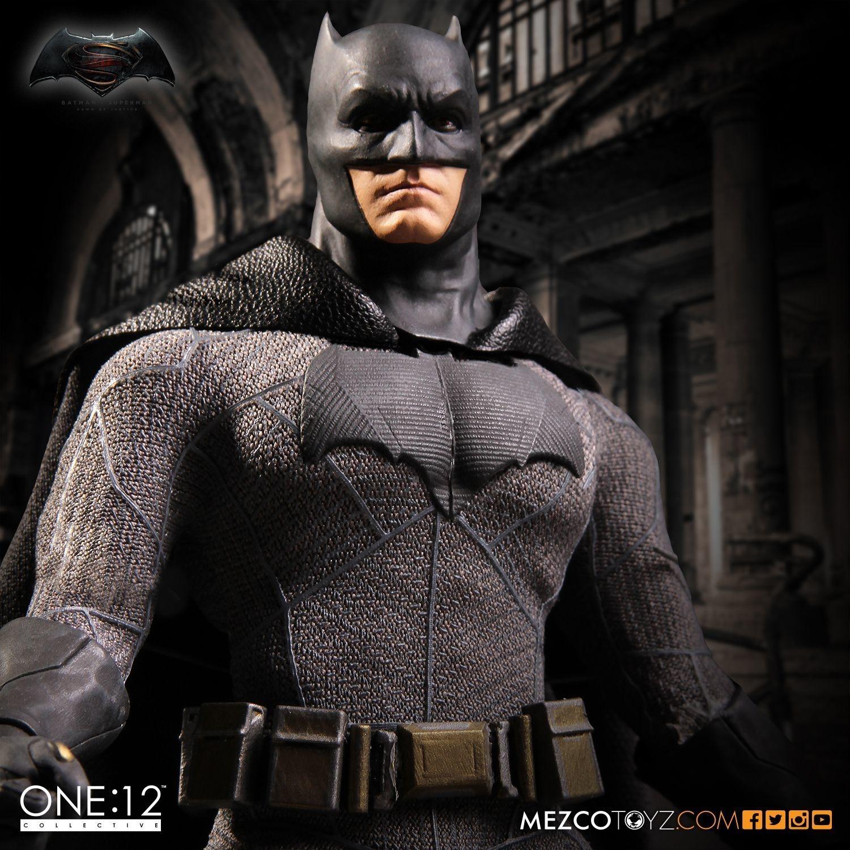 MEZCO الفجر العدل: باتمان واحدة: 12 الجماعية جودة عالية BJD العمل اللعب الشكل T191109