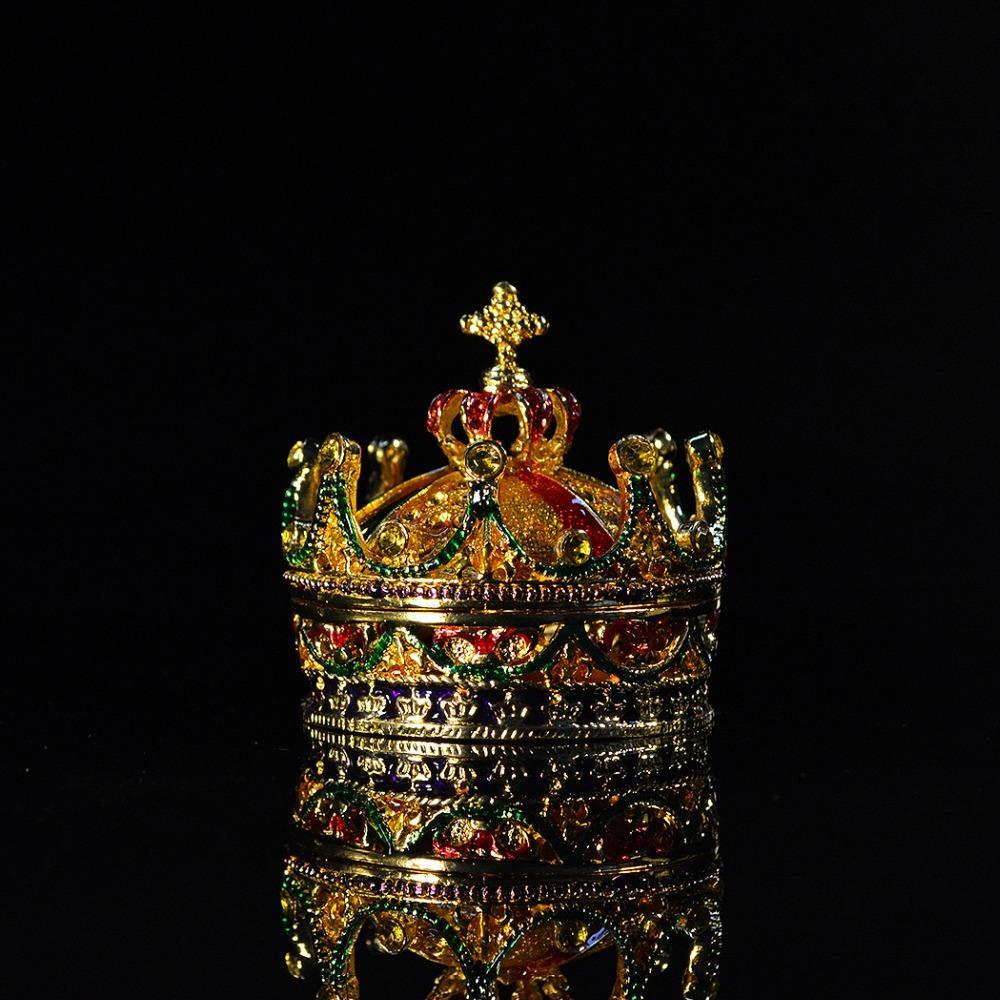 Venda Por Atacado Metal Craft Crown Forma Home Decor para Jewerly Box