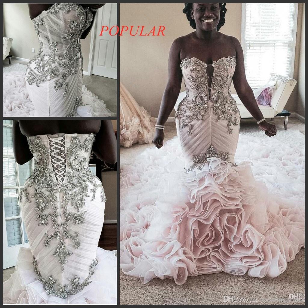 Mode Plus Size Sirène Robes de Mariée Perles Appliqued hiérarchisé Jupes trompette Robes de mariée Vintage Beach Bespoke Robe de mariée
