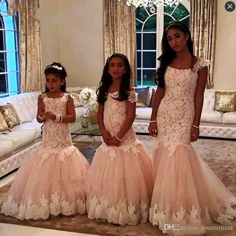 Blush Pink Lace Mermaid Girls Vestidos del desfile con mangas largas Vestidos largos de niñas de flores para bodas Cremallera Volver Vestido de cumpleaños para fiesta de niños