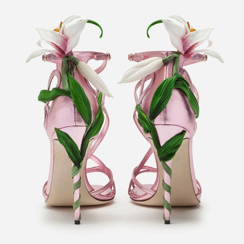 3D Rosa Fiore del giglio sandali in raso Scarpe Donna scarpe dei tacchi alti di design Foglie strass estate 2019 scarpe a spillo di celebrità