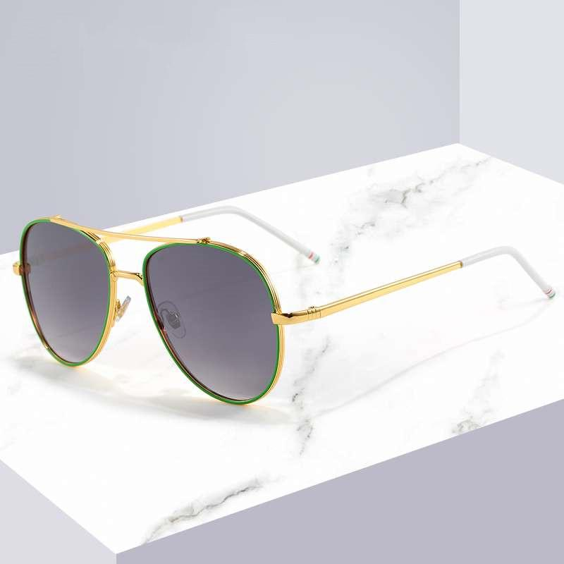 مصمم أزياء صيفي مصمم النظارات الشمسية الشاطئية Goggle نظارات شمسية طراز 6039 UV400 4 لون عالي الجودة