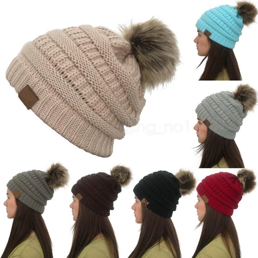 8 ألوان النساء الشتاء محبوك قبعة فو الفراء كاب بوم الكرة الكروشيه القبعات محبوك قبعة سكولي الدافئة التزلج العصرية لينة سميكة قبعات LJJA823