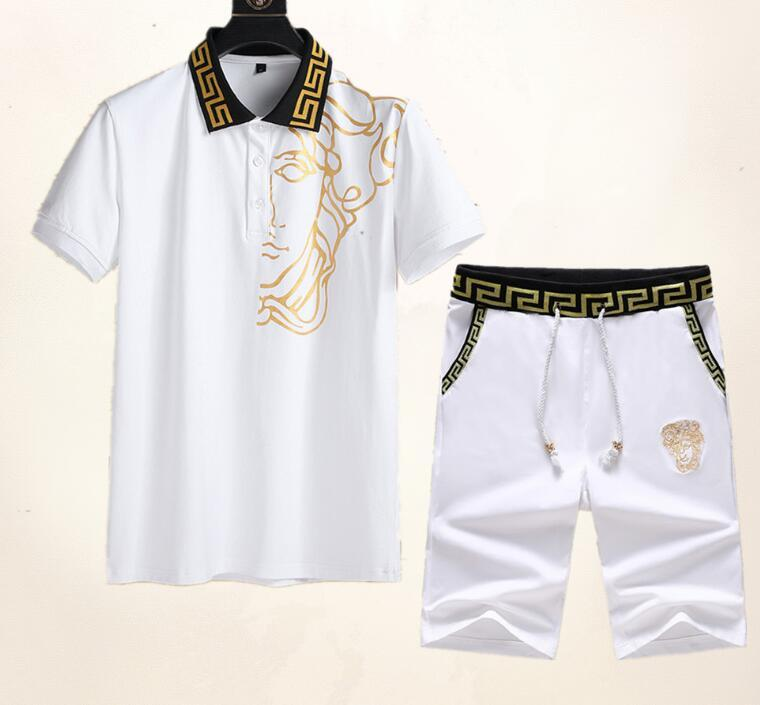 2020 최신 국제 프리미엄 세트 스포츠 정장 높은 품질의 T 셔츠 남성면 반바지 패션 반소매 T 셔츠 운동복 폴로