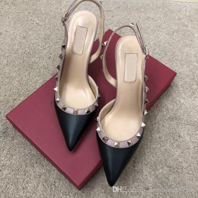 Los zapatos del diseñador Estilos Kate los tacones altos talones de las sandalias de piel punta estrecha Bombas correa de caucho con los zapatos de los pernos prisioneros de los remaches