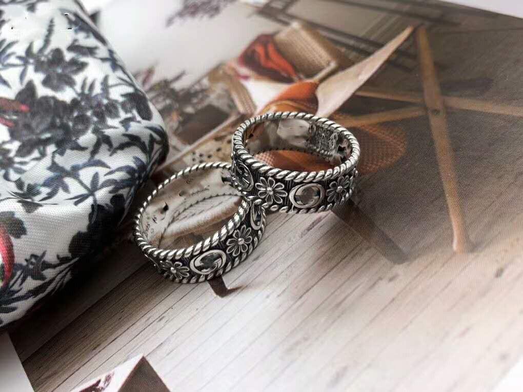 S925 anello fiore in argento sterling stile britannico cava piccolo anello margherita retrò hip-hop anelli coppia maschio e femmina