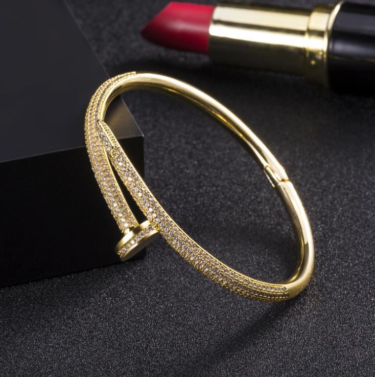 gioielli in stile hot transfrontaliera placcato con il nuovo 18k chiodo oro braccialetto femminile pieno di diamante braccialetto di lusso su misura