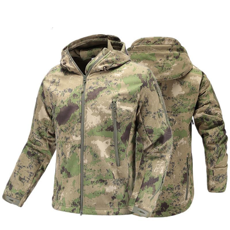 Tattico militare cappotto rivestimento di autunno degli uomini del camuffamento dell'esercito giacca impermeabile SoftShell uomo Windbreaker incappucciato Camo Hunt Abbigliamento V191202