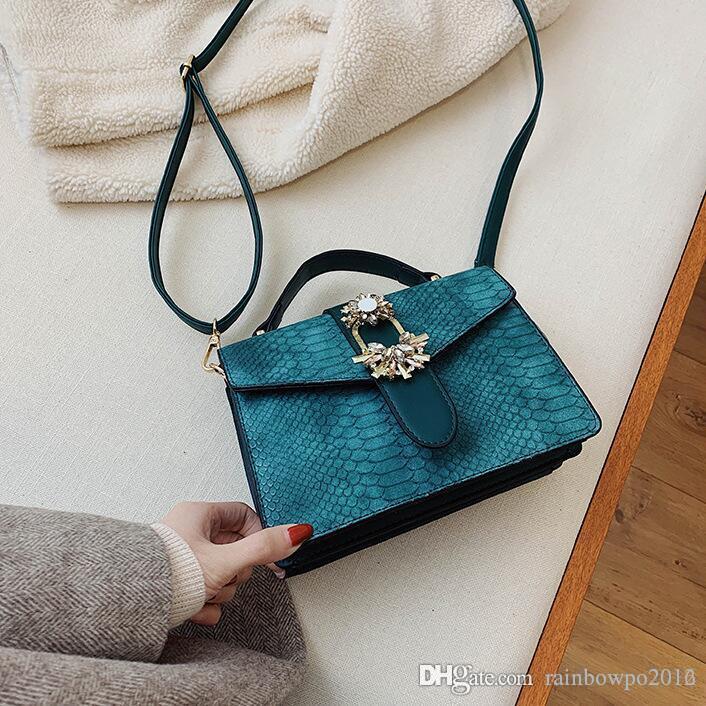 Factory wholesale women handbag new serpentine leather handbag elegant atmosphere styling crocodile leather shoulder bag studded fashion bag
