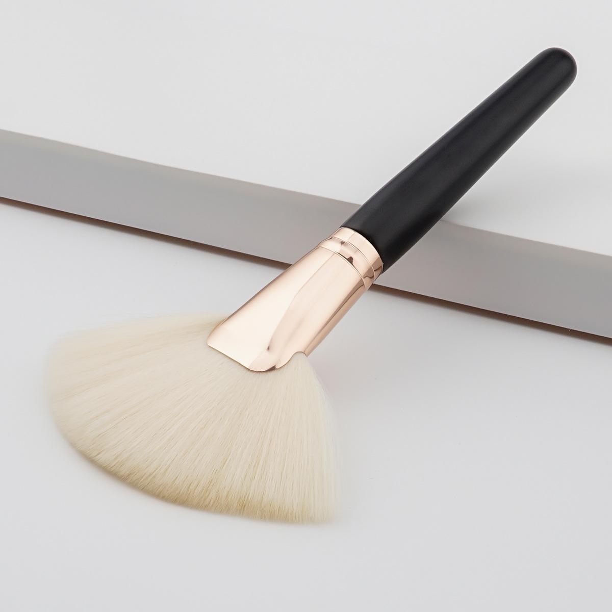 1 шт большой вентилятор макияж кисти черного дерева белый козий волос макияж инструмент Powder Blush Корректор Фундаментные инструменты красоты