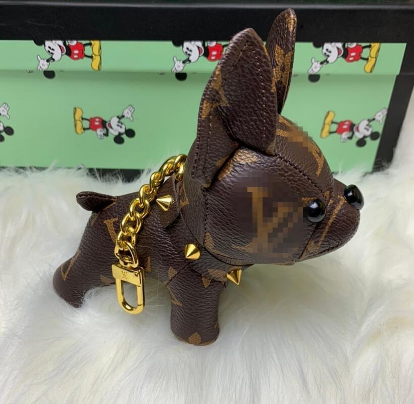 سلاسل عالية الجودة الفاخرة الحلي مصمم مفتاح الإبزيم قلادة المحفظة حقائب الكلب نمط التصميم حقيبة دمية مفتاح بكلات لويس فويتون مع صندوق
