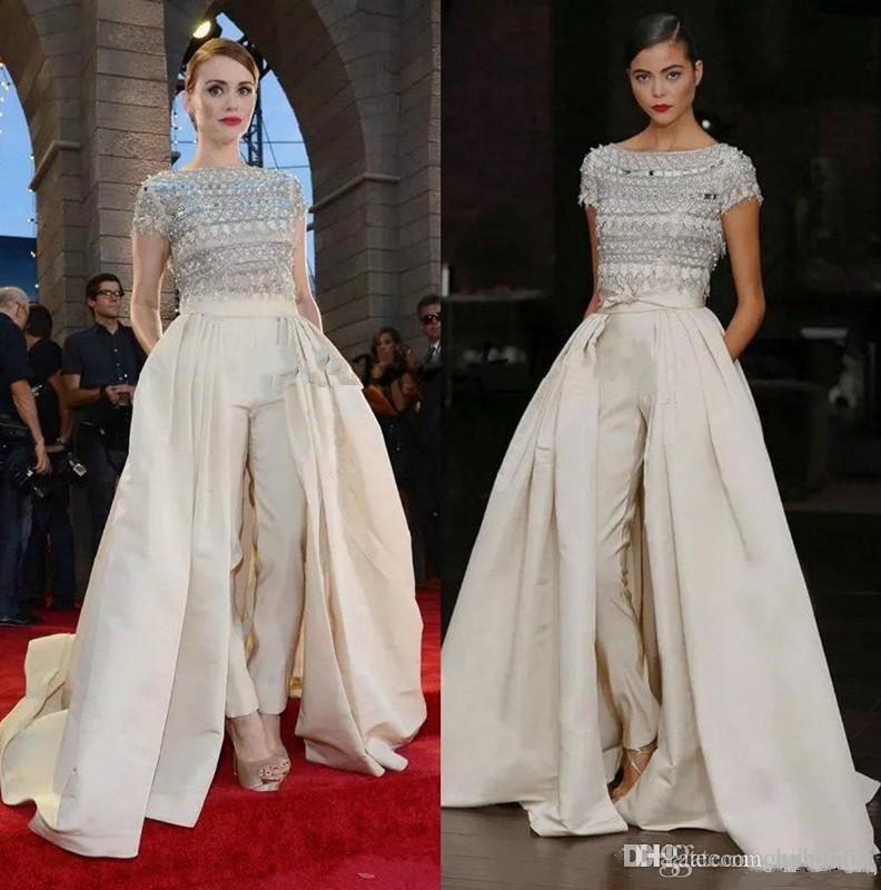Holland Roden celebridades Carpet Vestidos Red Jumpsuit 2019 New Neck alta frisada de cristal Projeto do bolso do partido Prom Evening Macacão com trem