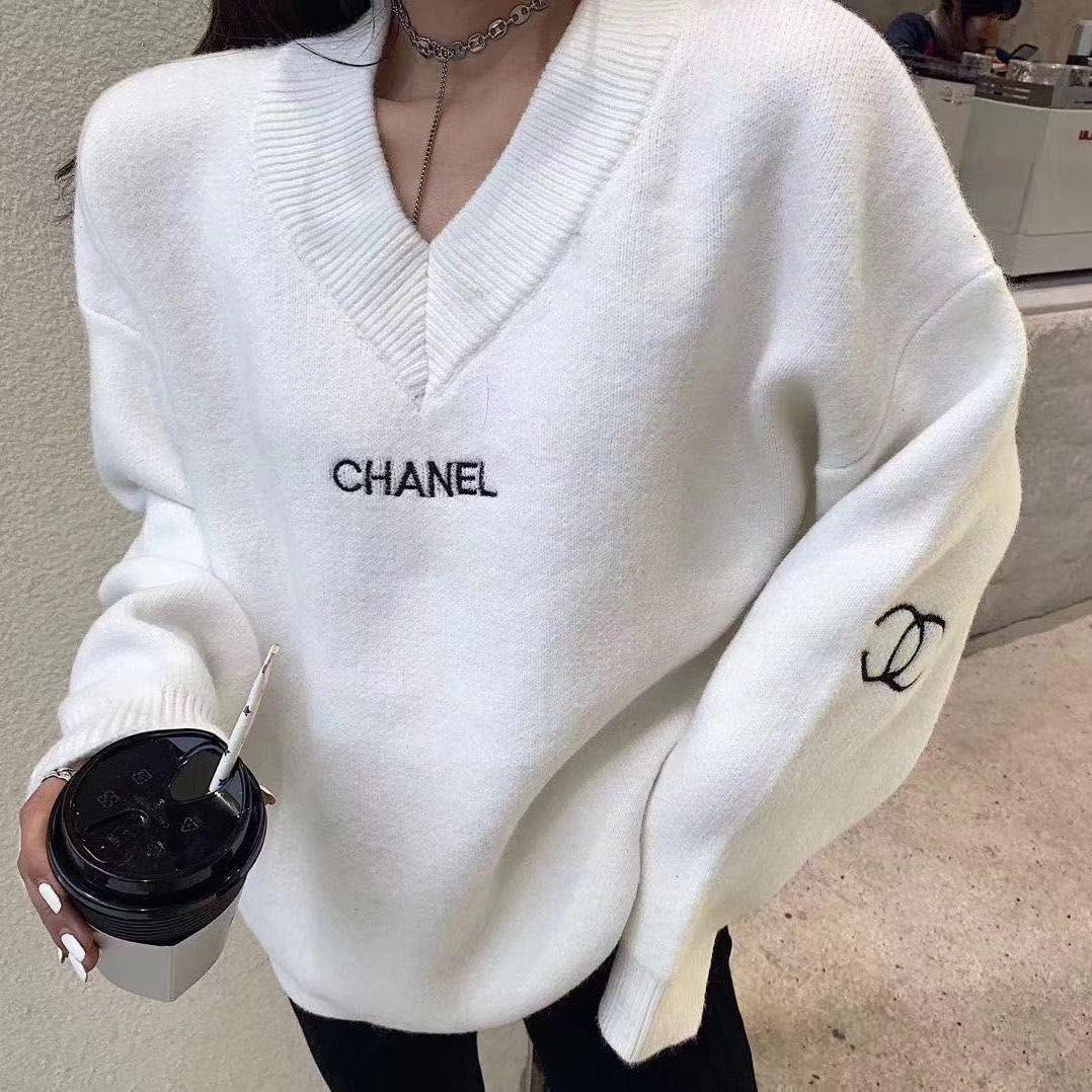 El estilo de última moda en el otoño / invierno 2020 es v-cuello del suéter del suéter, suéter flojo y cómodo para las mujeres, libre de gastos de envío